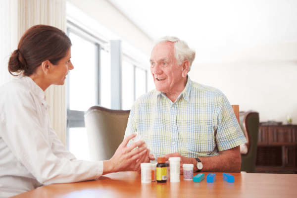 Consultant pharmacist with nursing home residen